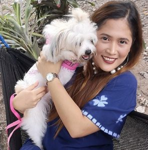 carla-pontillas-with-pet
