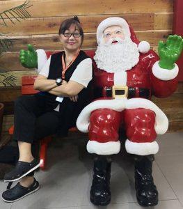 carlyn-therese-beloso-with-santa