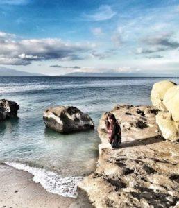 rose-venica-quiray-by-the-beach
